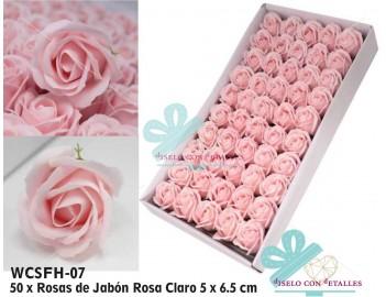 Rosas de jabón en color rosa claro en caja de 50 uds