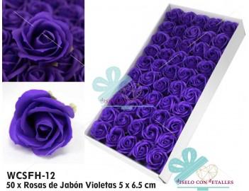 Rosas perfumadas de jabón en color violeta