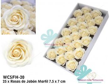 Rosas grandes perfumadas en color marfil